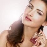 Kupiti parfum ali parfumsko vodo – v čem je razlika?